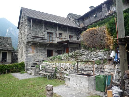Ferienhaus Rustico in Sanbugaro (408634), Lavertezzo, Verzascatal, Tessin, Schweiz, Bild 5