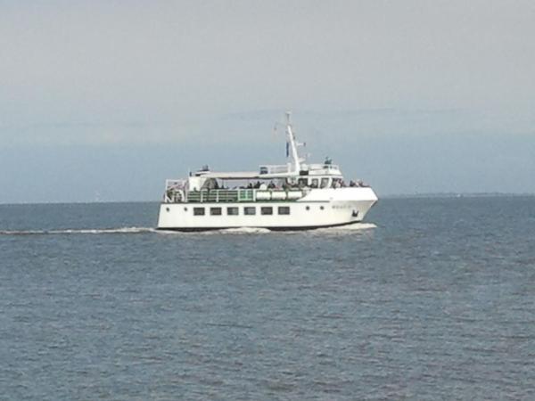 Fähre von Fedderwardersiel nach Bremerhaven