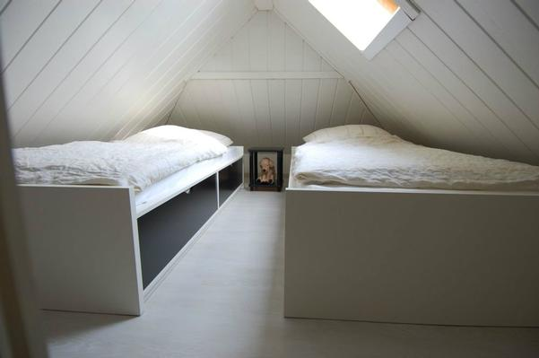 Betten in der Dachschräge, für Kinder