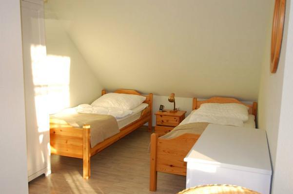 zweites Schlafzimmer, mit Einzelbetten