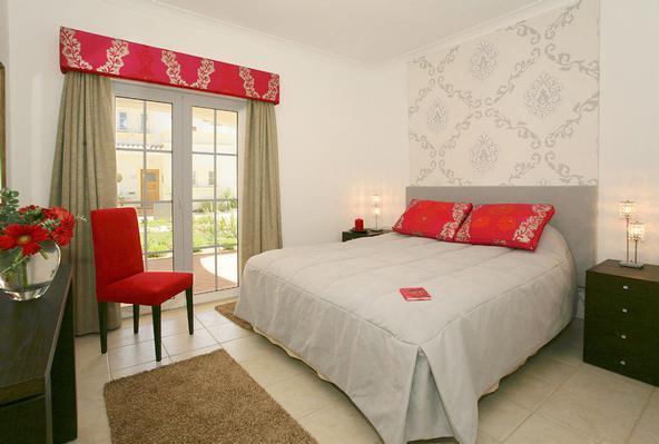 Ferienhaus 3 Schlafzimmer Reihenhaus in Quinta da Encosta Velha (467744), Budens, Costa Vicentina, Alentejo, Portugal, Bild 2