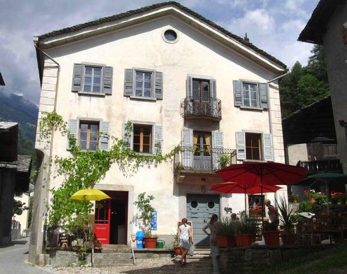 Ferienwohnung Ferienwohnung (478576), Promontogno, Bergell, Graubünden, Schweiz, Bild 1