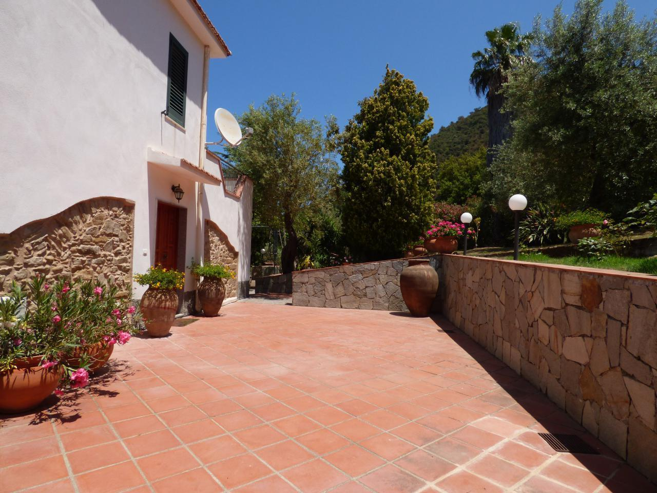Ferienhaus Villa Maria ein schönes Landhaus in einer ruhigen und sonnige lage mit Blick auf den Eolie (482652), Patti, Messina, Sizilien, Italien, Bild 3