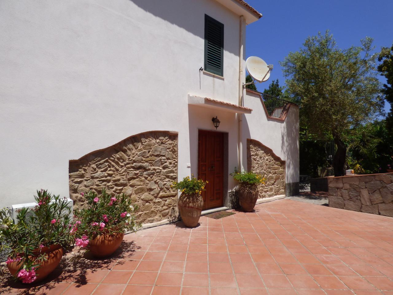 Ferienhaus Villa Maria ein schönes Landhaus in einer ruhigen und sonnige lage mit Blick auf den Eolie (482652), Patti, Messina, Sizilien, Italien, Bild 2
