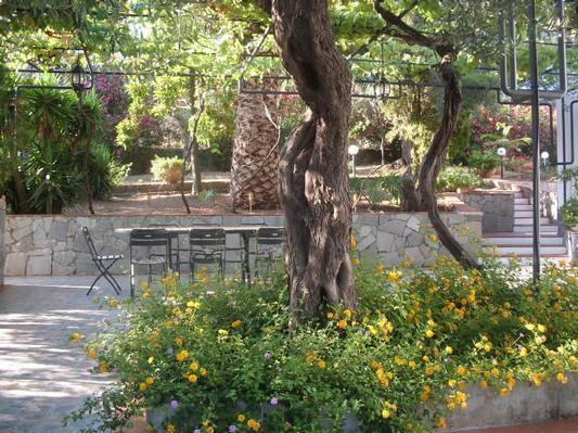 Ferienhaus Villa Maria ein schönes Landhaus in einer ruhigen und sonnige lage mit Blick auf den Eolie (482652), Patti, Messina, Sizilien, Italien, Bild 8