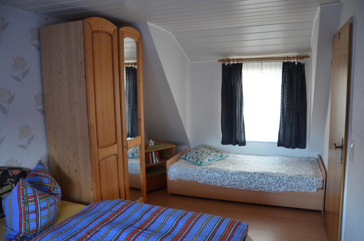 Oben, Schlafzimmer mit ein zusätzliches Bett