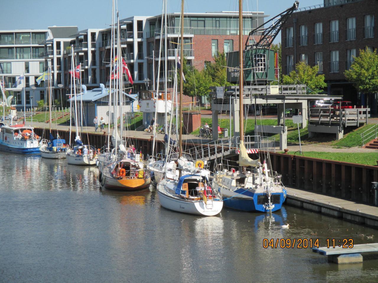 Kleiner Tagestörn auf der Elbe von Brunsbüttel nach Stade ( ein Genuß ) auf dem alte Hanseaten-Lo