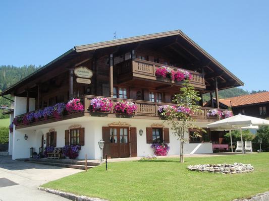 Ferienwohnung ALPENCHALET REIT IM WINKL FEWO1 (497587), Reit im Winkl, Chiemgau, Bayern, Deutschland, Bild 2