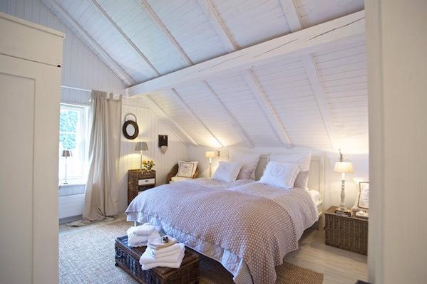 Schlafzimmer kuschelig  Kuscheliges Chalet mit Sauna am Walensee im Heidiland hundefreundlich,