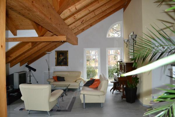 luxusferienwohnung am schloss pillnitz amerikanische wohnk che designerm bel gern auch. Black Bedroom Furniture Sets. Home Design Ideas