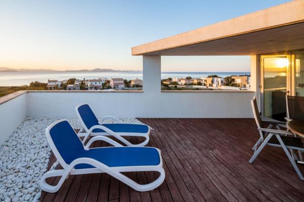 ferienhaus colonia de sant pere mit pool f r bis zu 6 personen mieten. Black Bedroom Furniture Sets. Home Design Ideas