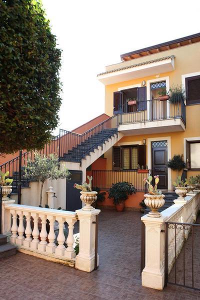 Holiday house Zwischen der Majestät Etna und den Prachtstücke des Jonio Meers, ist Casa Adriana einer id (597074), Acireale, Catania, Sicily, Italy, picture 8