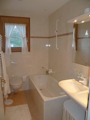chesa lodola oberengadin st moritz. Black Bedroom Furniture Sets. Home Design Ideas