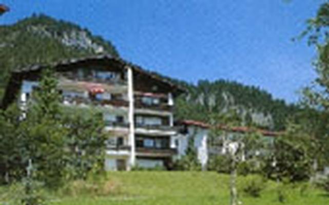 Holiday apartment Oberstdorf - Haus Falkenstein B Whg.-Nr. 4 (61526), Oberstdorf, Allgäu (Bavaria), Bavaria, Germany, picture 1