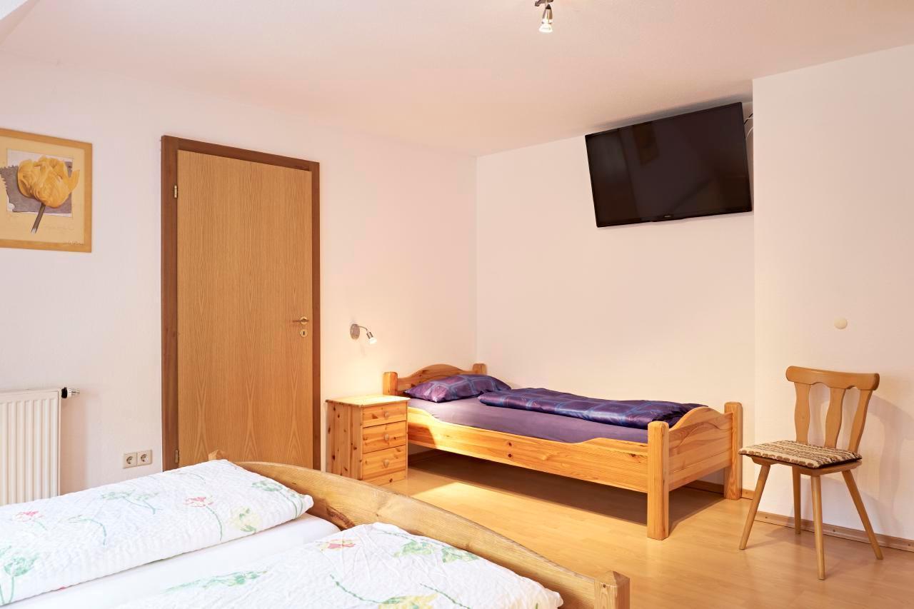 Ferienwohnung 1 - Gasthaus Kranz (63037), Stühlingen, Schwarzwald, Baden-Württemberg, Deutschland, Bild 7