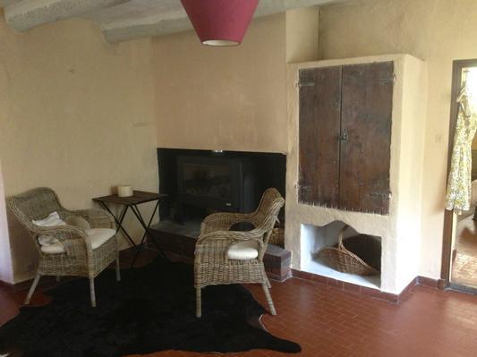 maison proven ale en pierre naturelle vaucluse. Black Bedroom Furniture Sets. Home Design Ideas