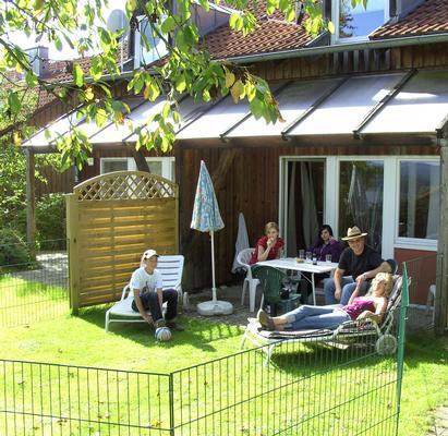 Ferienhaus Ferienhäuser Schlossberg mit zwei sep. Schlafräumen, kostenlosem w-lan und neuer Hausausst (641782), Zandt, Bayerischer Wald, Bayern, Deutschland, Bild 2