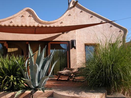 Ferienhaus Exklusive Villa in idyllischer Lage, gr. Veranda, Salzwasser-Pool, Kräutergarten (660572), Vimieiro, , Alentejo, Portugal, Bild 3