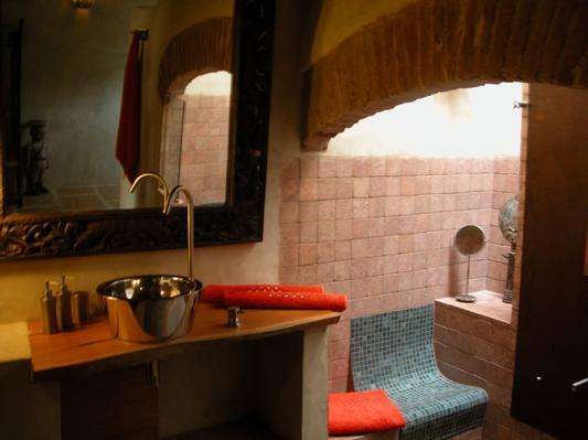 Ferienhaus Exklusive Villa in idyllischer Lage, gr. Veranda, Salzwasser-Pool, Kräutergarten (660572), Vimieiro, , Alentejo, Portugal, Bild 11