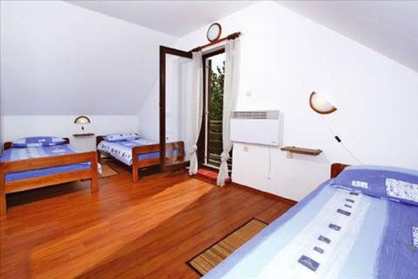Maison de vacances Amalia (Coprnicka hisa) (679288), Skrad, , Kvarner, Croatie, image 9
