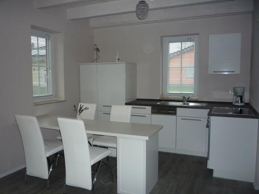 Schwedenhaus inneneinrichtung modern  Schwedenhaus Zierow - Haus 23a - nur 500 Meter zum Meer - nahe ...
