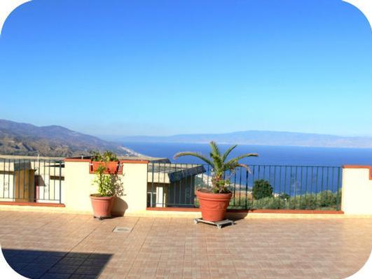 Holiday apartment Fewo mit Balkon im Panorama-Dorf bei Taormina (737398), Forza d'Agro', Messina, Sicily, Italy, picture 1