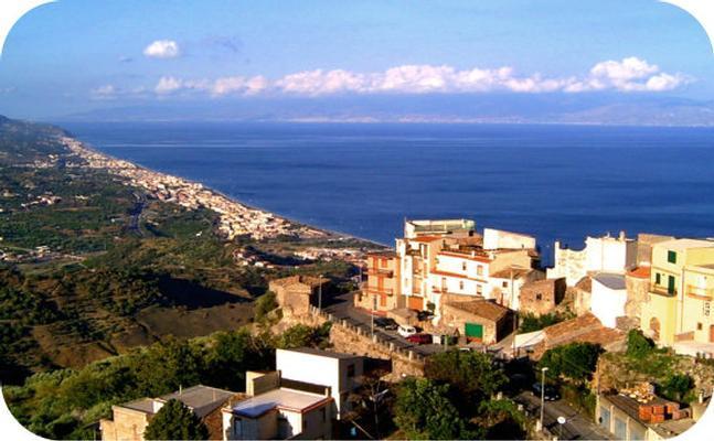Holiday apartment Fewo mit Balkon im Panorama-Dorf bei Taormina (737398), Forza d'Agro', Messina, Sicily, Italy, picture 16