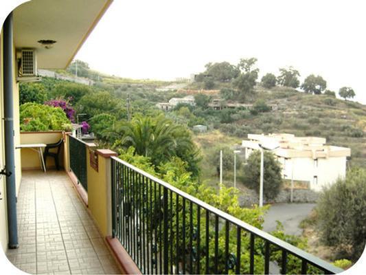 Holiday apartment Fewo mit Balkon im Panorama-Dorf bei Taormina (737398), Forza d'Agro', Messina, Sicily, Italy, picture 10