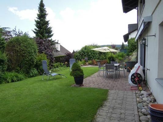 Ferienwohnung 2,5 Zimmer Wohnung an ruhiger Lage; Nichtraucher; top neu renoviert, (769446), Forch, Zürich (Stadt), Zürich, Schweiz, Bild 2