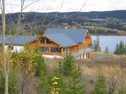 Kanadisches blockhaus modern  Bridge Lake, Lone Butte, British Columbia, Standard-Doppelzimmer ...