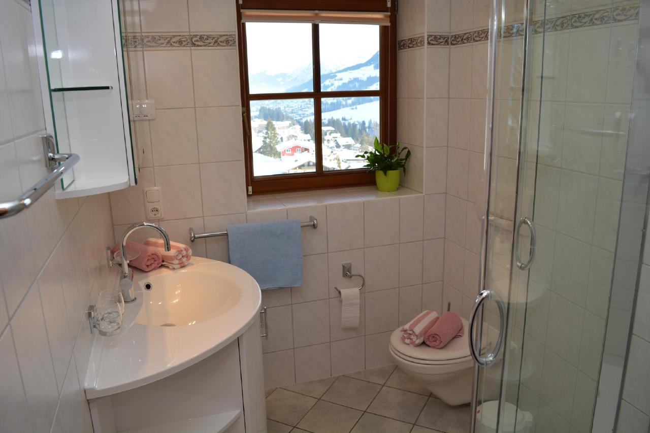 Ferienwohnung Gästehaus am Berg, Ferienwohnung Kanzelwand, 4 Schlafzimmer (772001), Hirschegg, Kleinwalsertal, Vorarlberg, Österreich, Bild 9