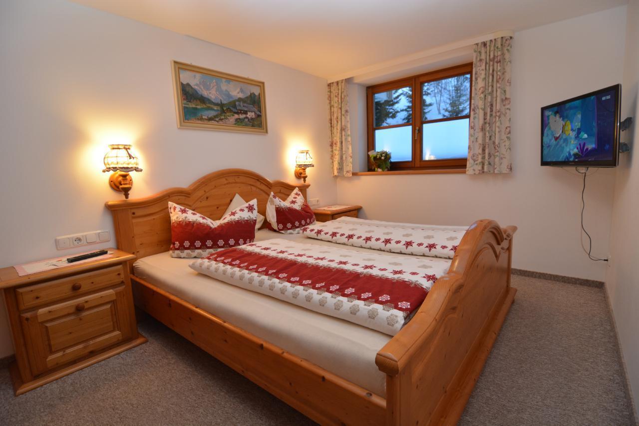 Ferienwohnung Gästehaus am Berg, Ferienwohnung Kanzelwand, 4 Schlafzimmer (772001), Hirschegg, Kleinwalsertal, Vorarlberg, Österreich, Bild 10