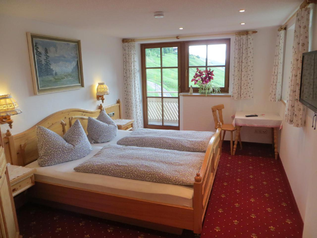 Ferienwohnung Gästehaus am Berg, Ferienwohnung Kanzelwand, 4 Schlafzimmer (772001), Hirschegg, Kleinwalsertal, Vorarlberg, Österreich, Bild 8