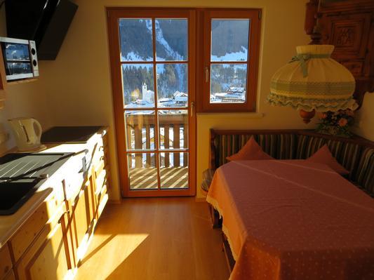 Ferienwohnung Gästehaus am Berg, Ferienwohnung Talblick, 2 Schlafzimmer (817277), Hirschegg, Kleinwalsertal, Vorarlberg, Österreich, Bild 3
