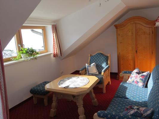 Ferienwohnung Gästehaus am Berg, Ferienwohnung Talblick, 2 Schlafzimmer (817277), Hirschegg, Kleinwalsertal, Vorarlberg, Österreich, Bild 9