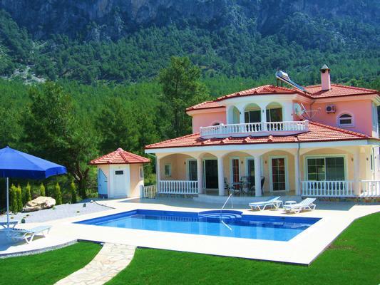 Ferienhaus Luxuriöse Traumvilla mit Berg-/Seepanorama, BBQ, Whirlpool, Luxusdusche (845778), Dalaman, , Ägäisregion, Türkei, Bild 1