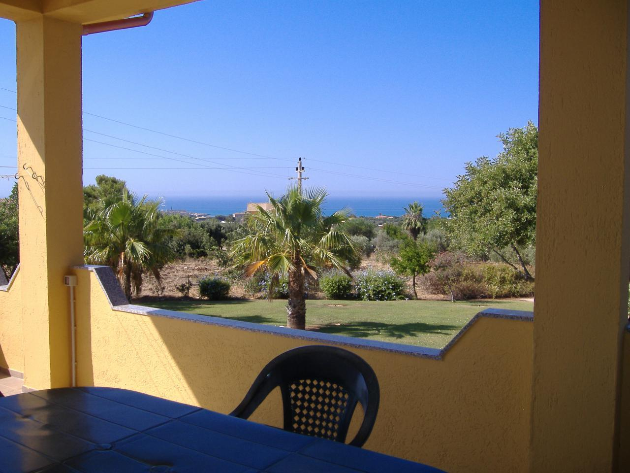 Holiday apartment Casa Amalia - Ferienwohnung mit Meerblick -  große Terrasse, großer Garten, kostenloses WL (94824), Sampieri, Ragusa, Sicily, Italy, picture 2