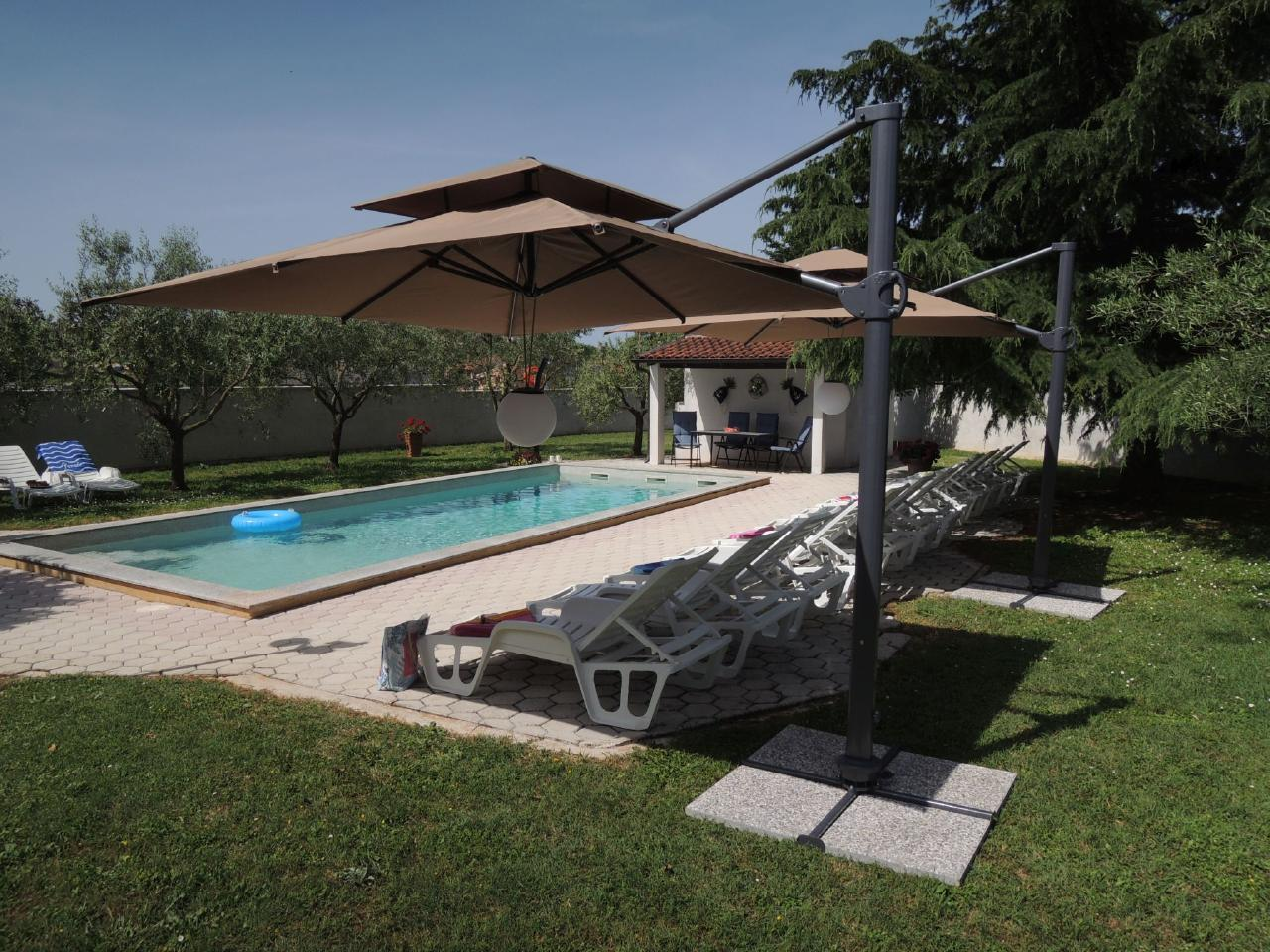 Ferienhaus Residence LORENA *** Bungalow mit Pool in Porec (94826), Porec, , Istrien, Kroatien, Bild 1