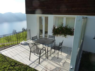 ferienwohnung vitznau mit terrasse oder balkon f r bis zu 4 personen mieten. Black Bedroom Furniture Sets. Home Design Ideas