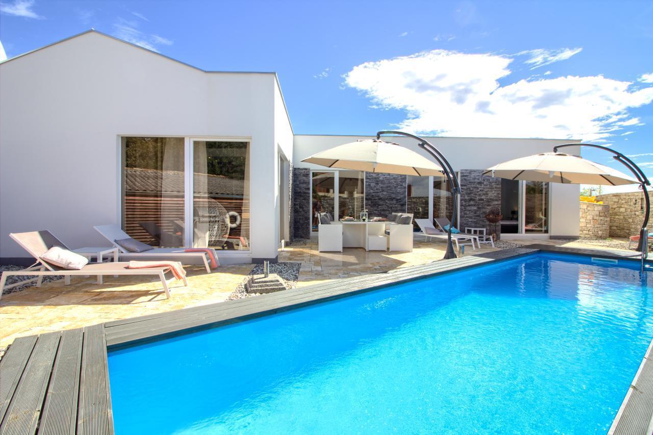 Ferienhaus Luxus Villa Darte mit beheiztem Pool (971395), Kanfanar, , Istrien, Kroatien, Bild 2