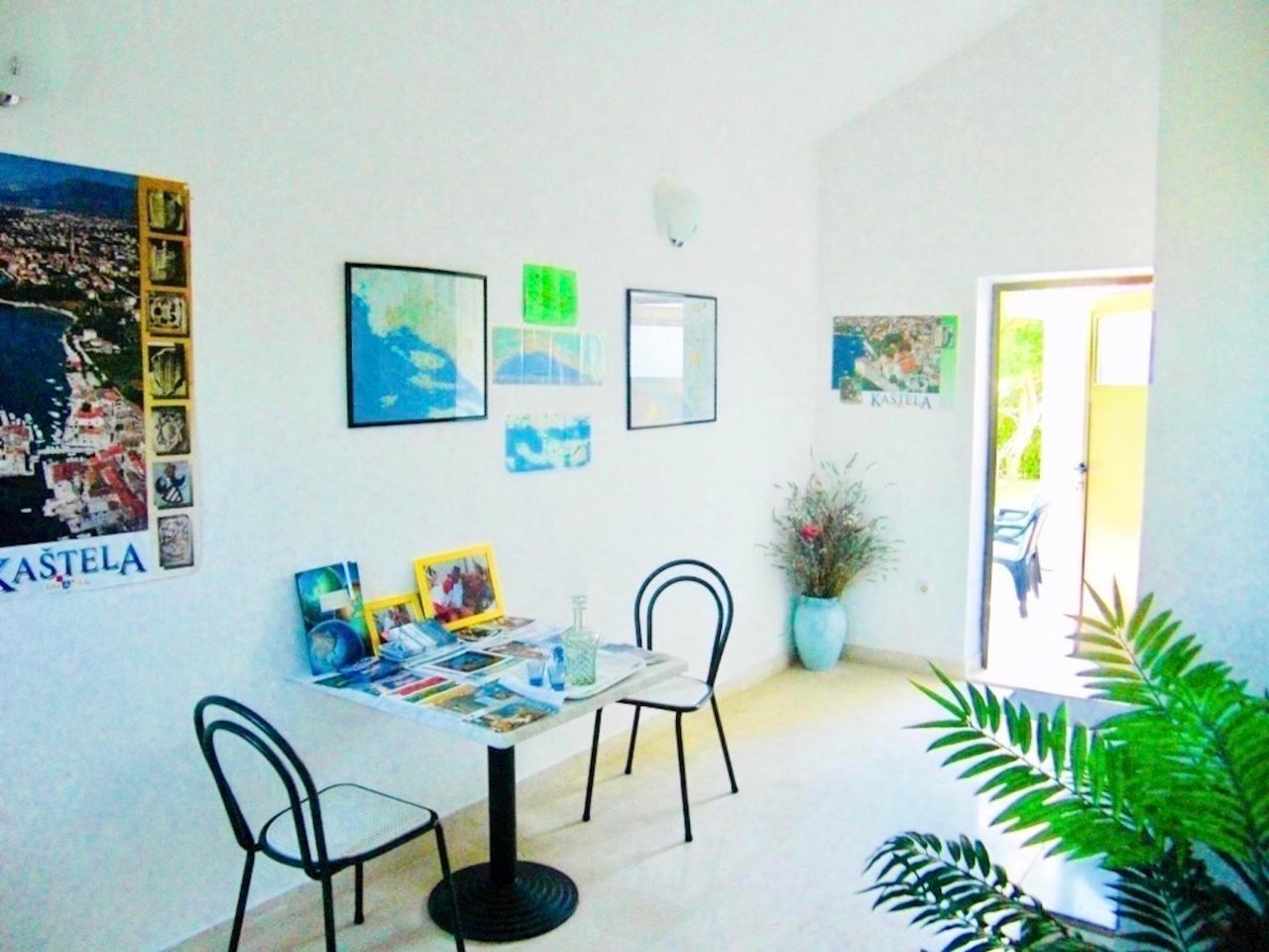 Ferienwohnung Apartmenthaus Ruza 2 - Studio (98390), Kaštel Štafilić, , Dalmatien, Kroatien, Bild 14