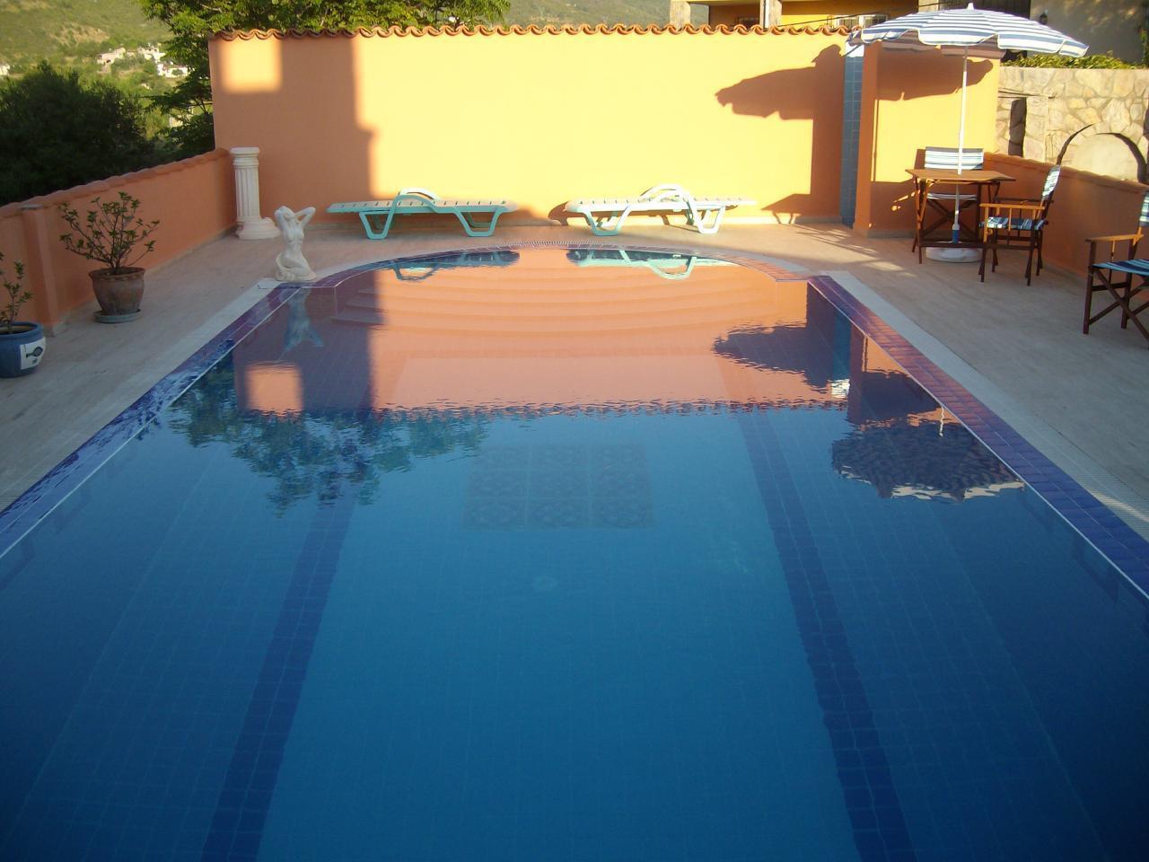 Ferienwohnung in einer Villa mit Pool in Alanya Demirtas 2