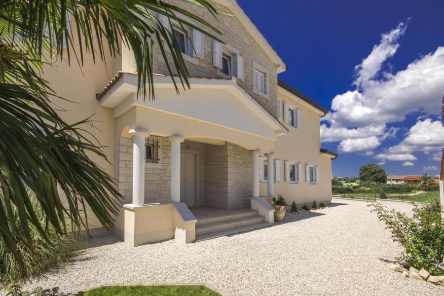 Villa moderna con vista sul mare, barbecue, piscina, 2 terrazze ...