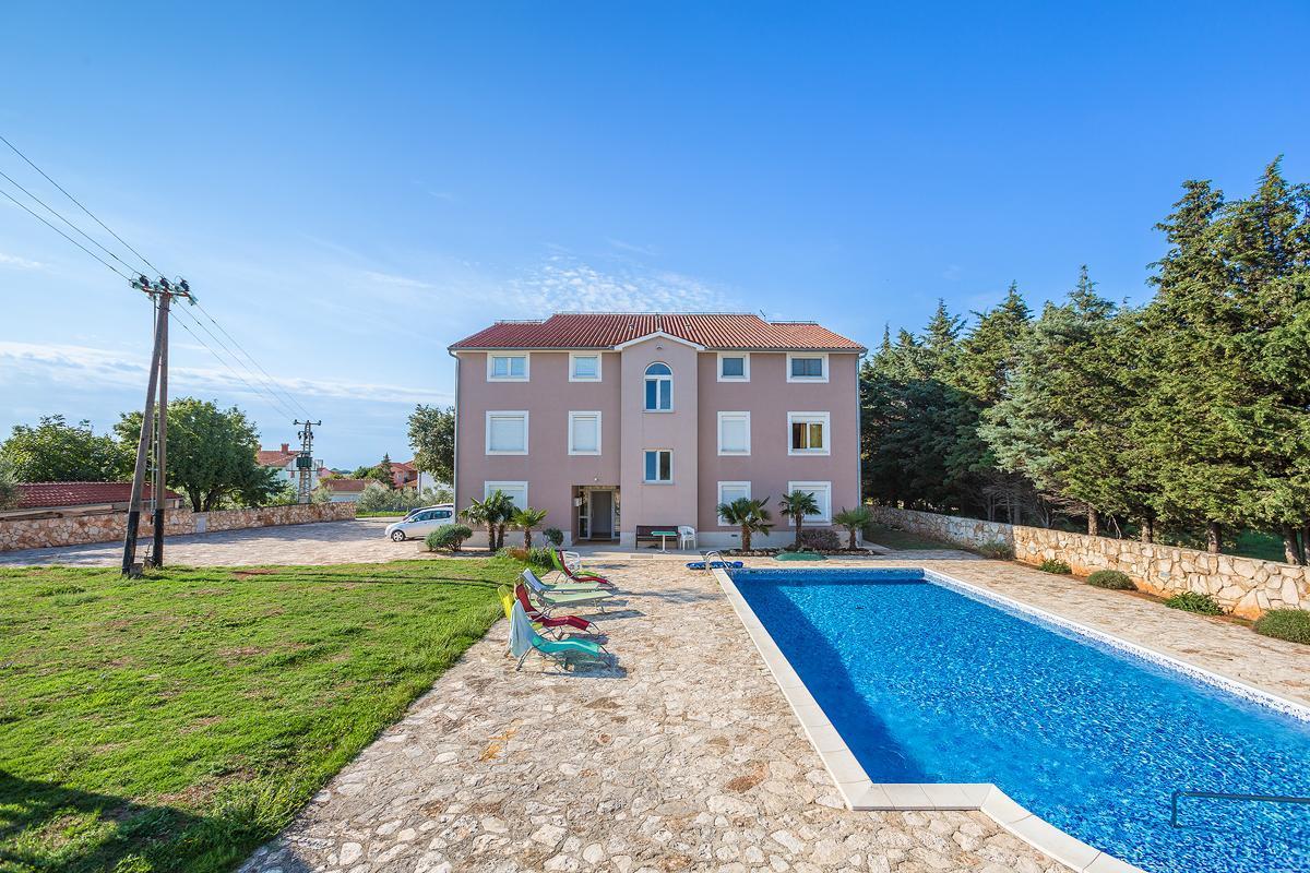 Ferienwohnung für 5 Personen ca. 60 m² i  in Kroatien