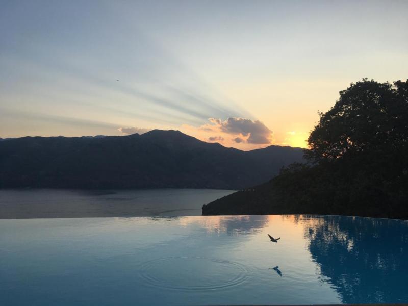 Superbe Villa De Luxe Avec Piscine à Débordement Peloponnes