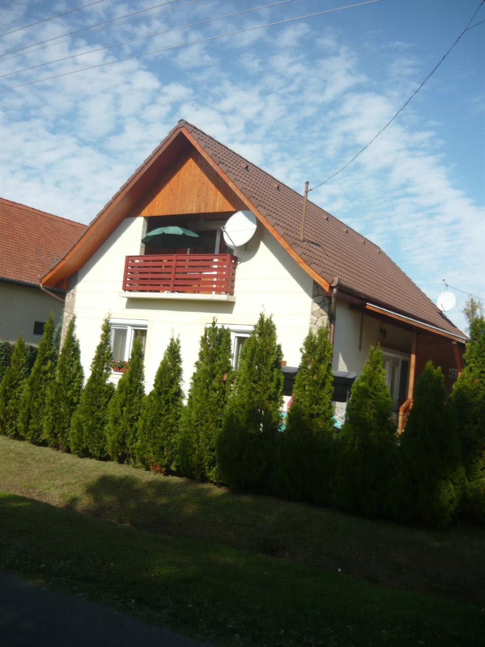 Ferienhaus für 6 Personen ca. 90 m² in B