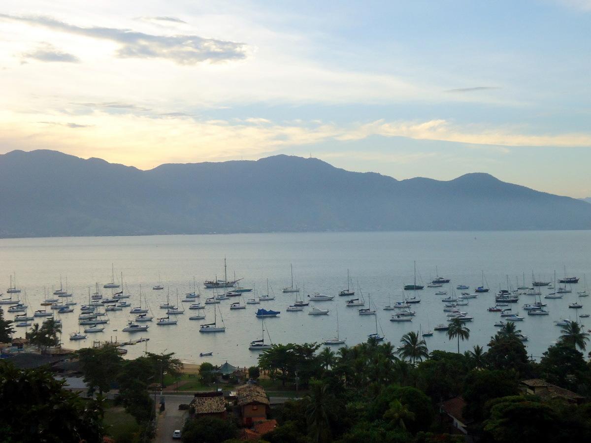 Elegante Villa auf Ilhabela, Meerblick und Schwimm  in Brasilien