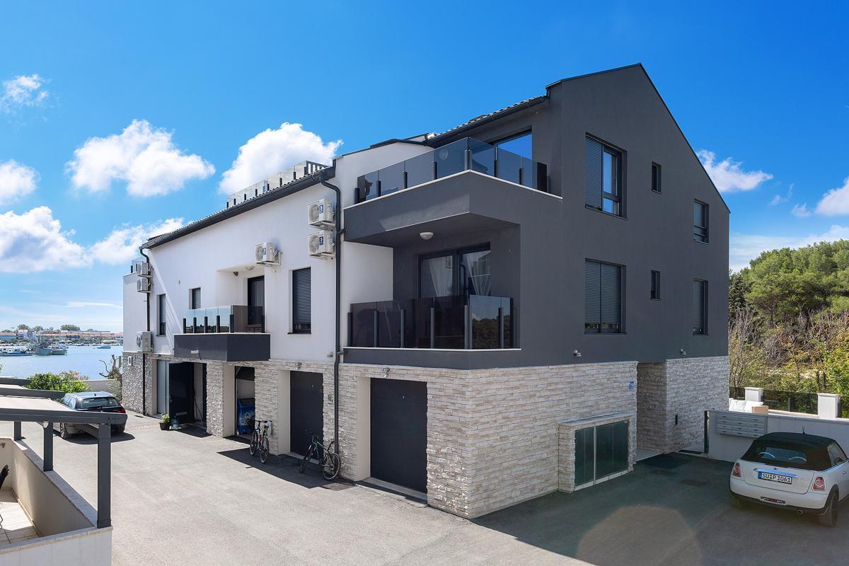 Ferienwohnung für 8 Personen ca. 95 m² i  in Kroatien