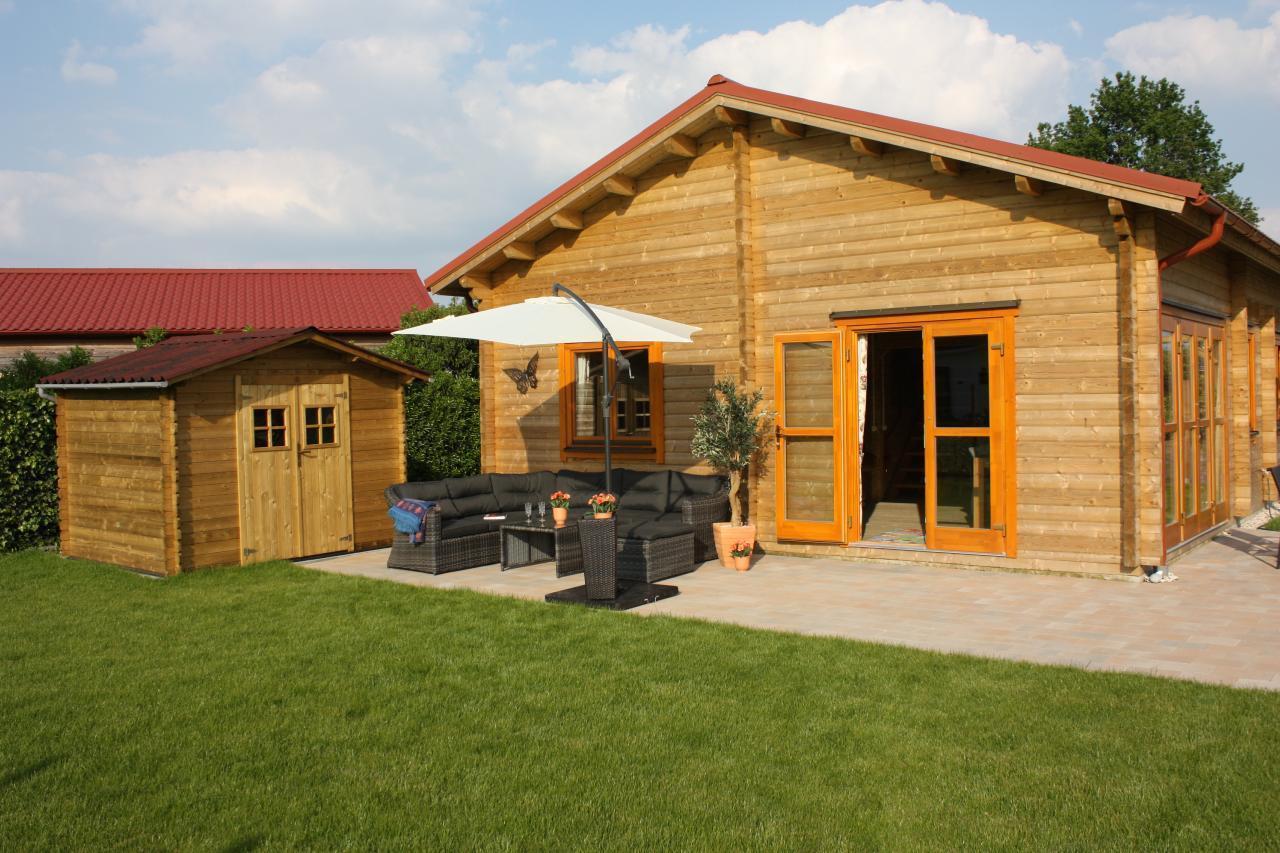 Gemütliches kinderfreundliches Blockhaus mit umzäuntem Garten