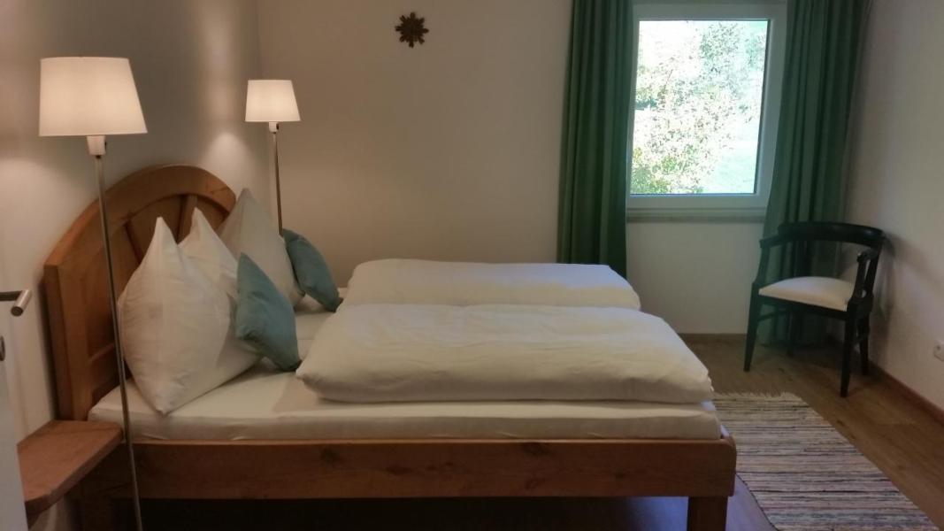 Ferienhaus Zell am Moos mit Terrasse oder Balkon für bis zu 9 ...